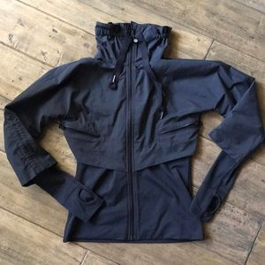 Lululemon black running jacket 2